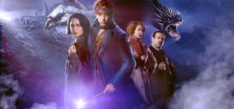 Newt Scamander (ao centro) é o novo herói da franquia Harry Potter
